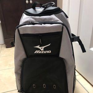 Mizuno softball/baseball bag